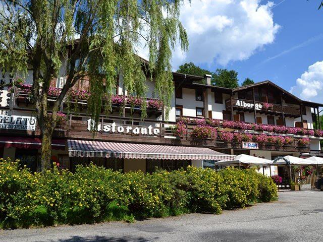 Hotel a Mezzano di Primiero rif. 351